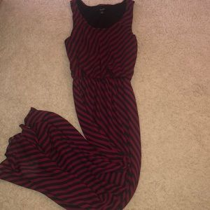 Sleeveless stripped Maxi Dress